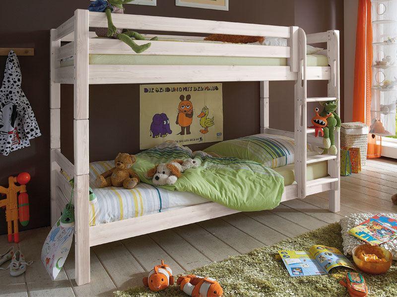 Zwei Etagenbett : Zwei kleine schwestern durchgeklickt spiel und spaß im etagenbett